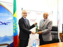 Ethiopian Airlines Group Chief Executive Officer, Tewolde Gebre Mariam (left) with Airbus Vice President Sales Africa and Levant Customer Affairs, Hadi Akoum